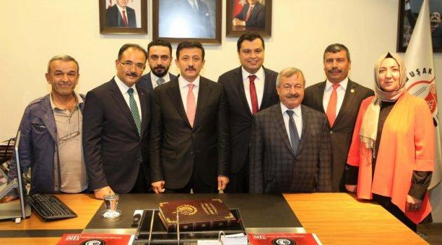 Ak Parti Genel Başkan Yardımcısı Hamza Dağ , Uşak Belediyesi'ni Ziyaret etti.