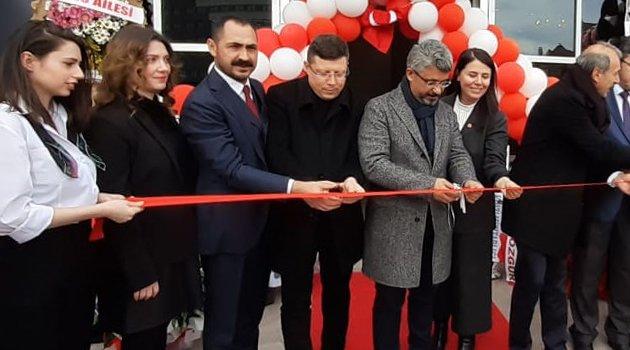 """Damaktan Kalbe Lezzetler """"Kaia Restaurant"""" Uşak'ta Hizmete Açıldı!"""