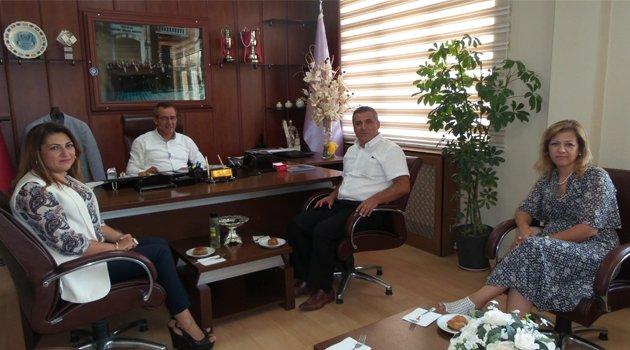 Egem TV Yönetim Kurulundan, Uşak Esnaf ve Sanatkarlar Odaları Birliği Başkanı Atalay Savaş'a Ziyaret