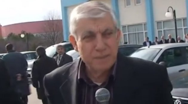 Eski Uşak İl Genel Meclisi Başkanı Av. Mehmet PEHLİVAN, bir süredir Covid-19 tedavisi gördüğü Uşak Üniversitesi Eğitim ve Araştırma Hastanesi'nde hayatını kaybetti.