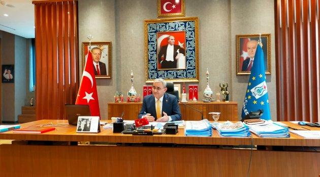 Kütahya Belediye Başkanı Prof. Dr. Alim Işık pandemi döneminde yapılan çalışmalar hakkında bilgiler verdi.