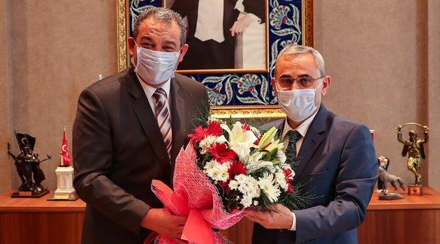 """Kütahya Belediye Başkanı Prof. Dr. Alim IŞIK'a """"Ahilik Haftası"""" Ziyareti"""