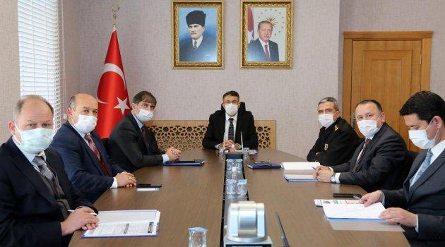 Kütahya Valisi Ali ÇELİK Başkanlığında Koronavirüs Salgınla Mücadele Toplantısı Yapıldı.