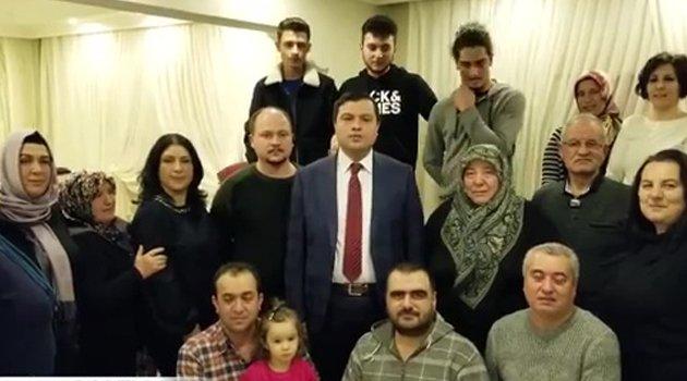 AK Parti Uşak Belediye Başkan Adayı Mehmet Çakın, Atatürk Mahallesinde ev ziyaretinde bulundu.