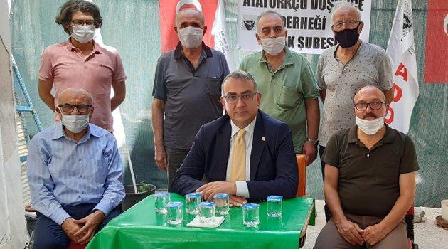 Atatürkçü Düşünce Derneği Genel Başkanı Hüseyin Emre Altınışık Uşak'ta!