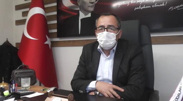 Esnaf ve Sanatkarlar Odaları Birliği Başkanı Atalay Savaş esnaflardan ve vatandaşlardan maske, mesafe ve hijyen kurallarına hassasiyet göstermelerini istedi.