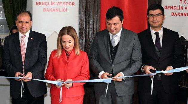 Tarihi Tekeşoğlu Konağı Gençlik Merkezi düzenlenen törenle açıldı