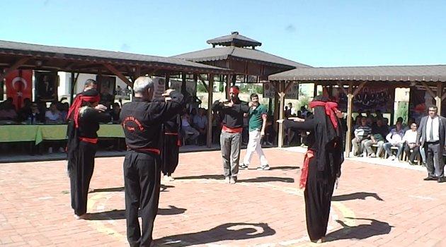 Uşak Belediyesi ve Uşak Alevi Kültür Derneği, Ortak Aşure Etkinliği Düzenledi