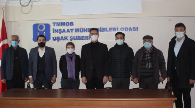 """""""Murat Dağı Yok Olmasın Platformu Tertip Komitesi"""" bir araya gelerek Uşak'ın çevre sorunlarını görüştü."""
