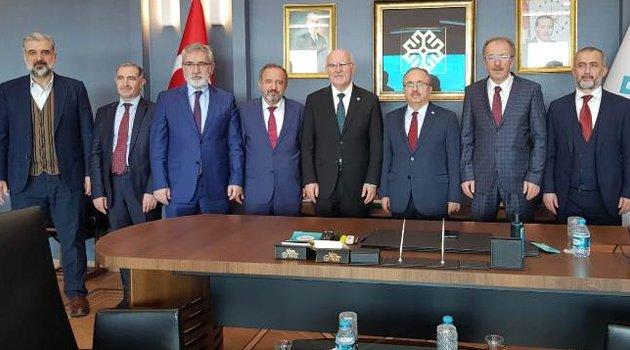 Rektör Savaş, Türkiye Maarif Vakfı İşbirliği İstişare Toplantısına Katıldı