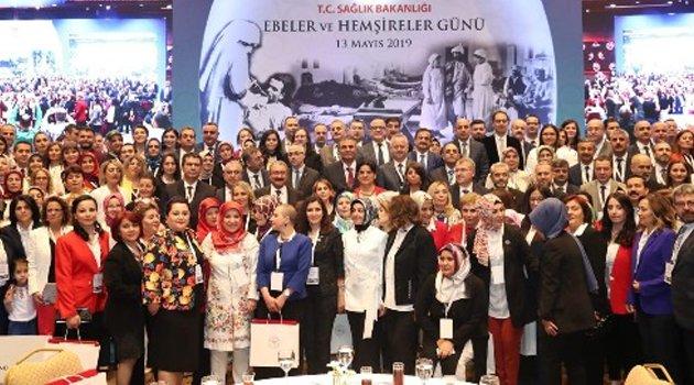 Sağlık Bakanlığı Yılın Ebeleri ve Hemşireleri Ödül Töreni Gerçekleştirildi