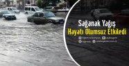 Uşak'ta sağanak yağış hayatı olumsuz etkiledi