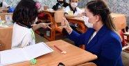 Vali Funda Kocabıyık'tan Öğretmen Mahmut Özgöbek İlkokulun'a Ziyaret!