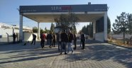 Seranova'da işçiler sıkıntılı.