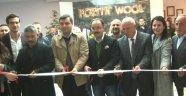 Bugün Uşak Karma Organize Sanayi Bölgesinde bulunan Pozitif Wool tekstil firmasına  ait yeni idare binası 10. yılında düzenlenen törenle açıldı.