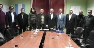 Uşak Romanlar Derneği Yönetim Kurulu Üyelerinden, CHP Uşak Belediye Başkan Adayı Asım Kalelioğlu'nu ziyaret etti.