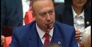 """""""Başbakan Davutoğlu'na yakın milletvekillerinin farklı oy kullandığı kanaatindeyiz."""""""