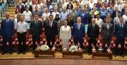 """İsmail Kahraman'dan """"Türkiye'de Darbeler Tarihi ve 15 Temmuz"""" Konferansı"""