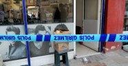 İşyerinde çalışan berber sırtından 4 kez bıçaklandı