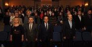 """Uşak Üniversitesi'nde """"Bir Mutabakat Metni Olarak İstiklal Marşı'' Adlı Konferans Gerçekleştirildi"""