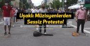 Uşaklı Müzisyenlerden Sessiz Protesto!