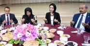 Vali Funda Kocabıyık Banaz ilçesinde şehit aileleri ve gazilerle iftar yemeğinde buluştu