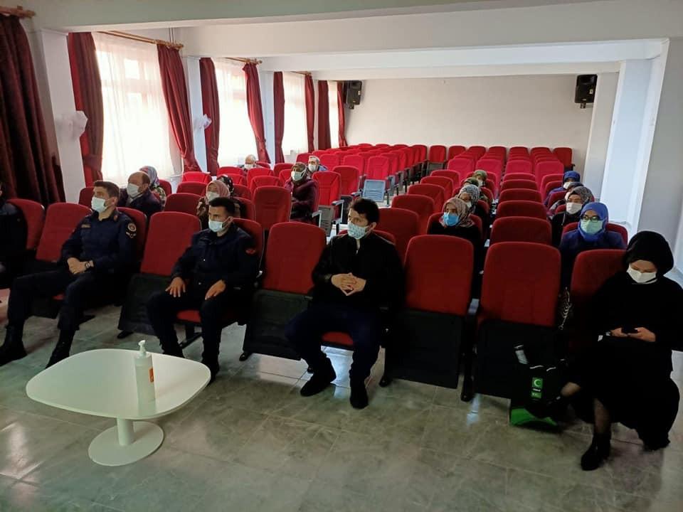 Çavdarhisar'da annelere uyuşturucu semineri