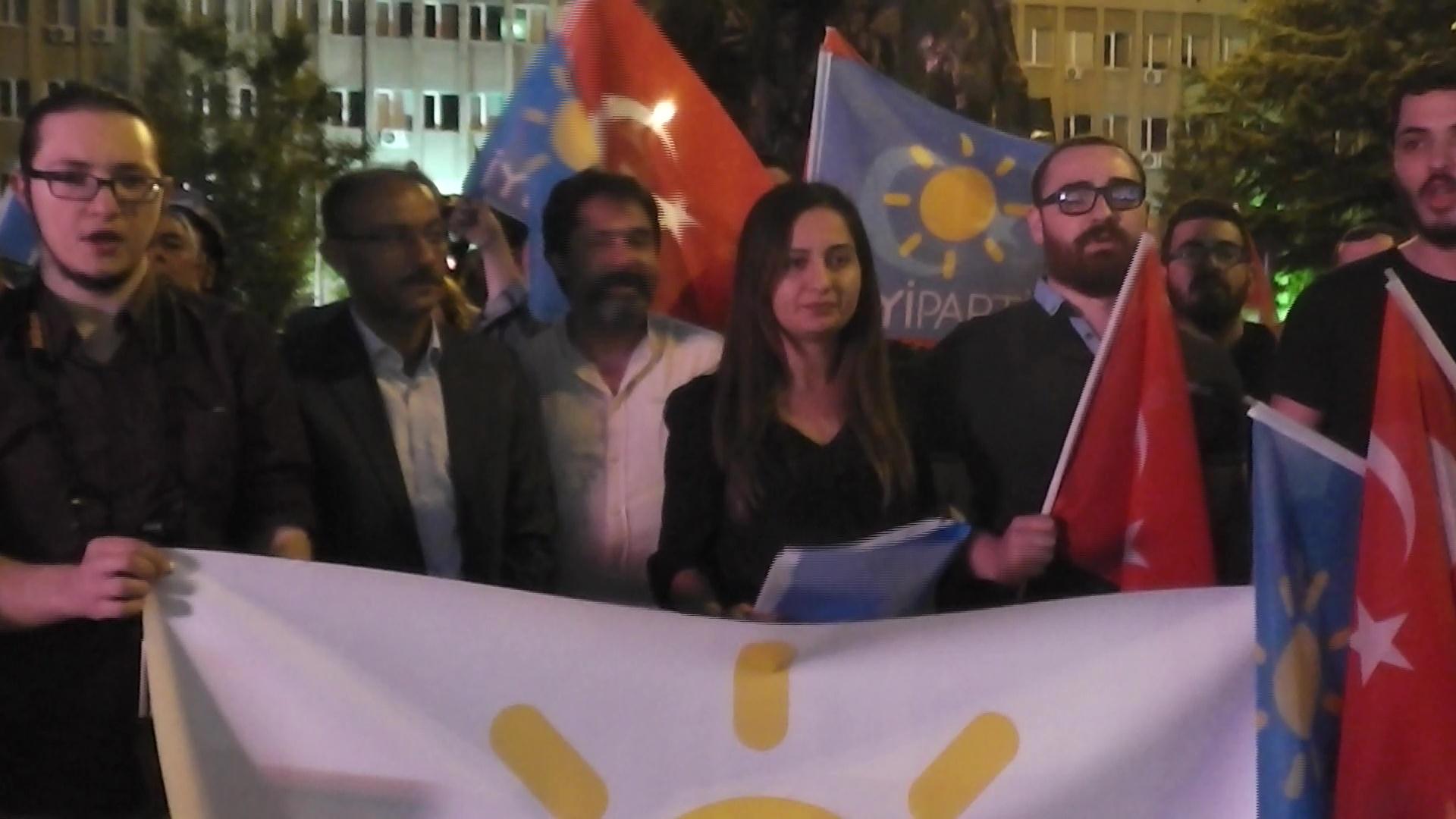 İYİ Parti Gençlik Kolları'ndan Basın Açıklaması