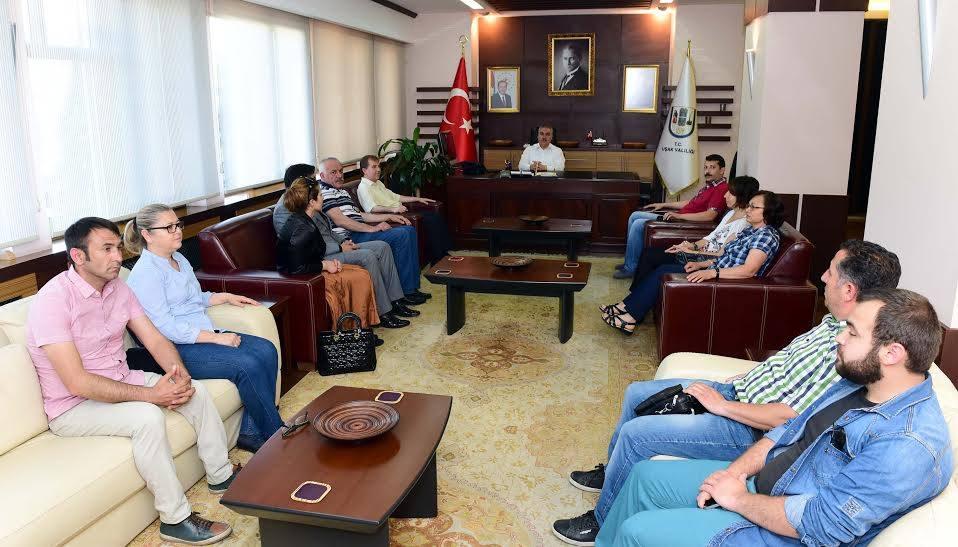 Kent Konseyi Yürütme Kurulu Vali Ahmet OKUR'u Ziyaret Etti.