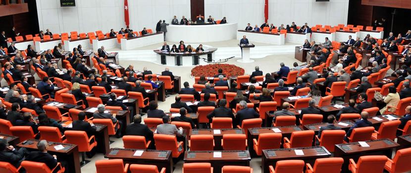 Seçimlerin 24 Haziran'da yapılması TBMM Genel Kurulu'nda 386 oyla kabul edildi.