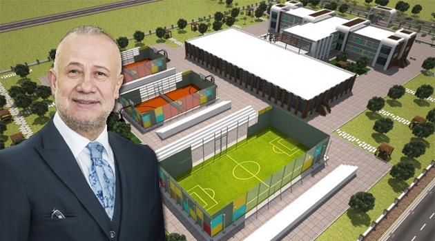 """Uşak OSB Başkanı Halil Ağaoğlu, Uşak merkezde """"tematik Lise"""" inşası kararı aldıklarını belirtti"""