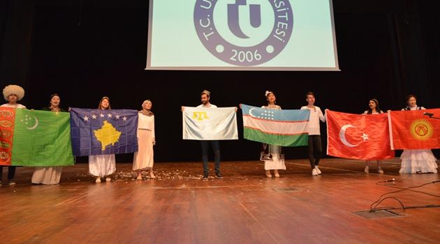 Uşak Üniversitesinde Türk Dünyası Şenliği