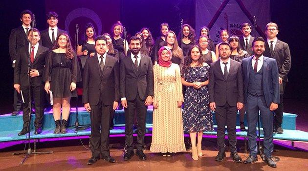Uşak Belediyesi Atatürk Kültür Merkezinde Nostaljik Şarkılar Uşak halkıyla buluştu