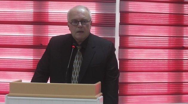 Uşak Emlakçılar ve Komisyoncular Derneği Başkanı Önder Candoğan Güven Tazeledi