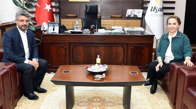 Uşak Milletvekili Av. Mehmet Altay, Vali Funda Kocabıyık'ı makamında ziyaret etti.