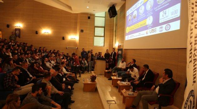 Uşak Üniversitesin'de Girişimcilik ve Dış Ticaret Paneli