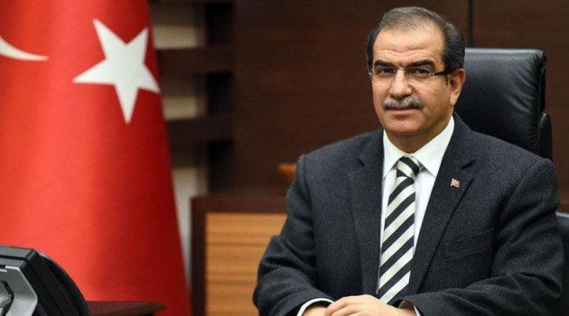 Uşak Valisi Salim Demir İstiklal Marşımızın Kabulünün 97. Yıldönümü ve Mehmet Akif Ersoy'u Anma Günü Mesajı Yayınladı.