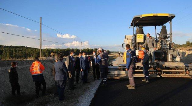 Uşaklı Hemşehrimiz Kütahya Valisi Ali Çelik, Aslanapa'da Yolları İnceledi.